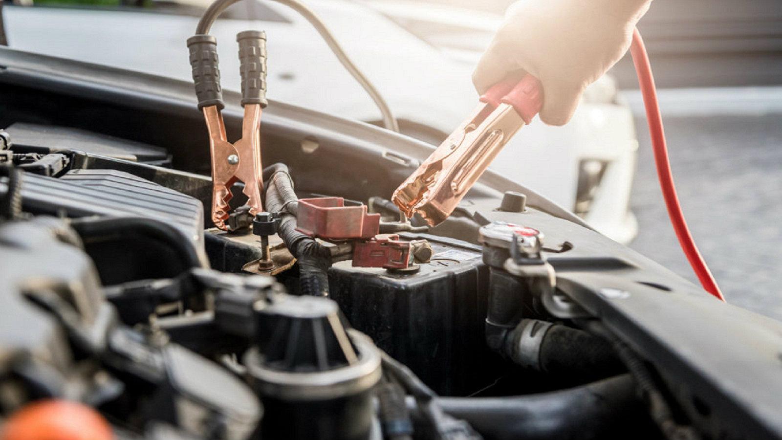 Εάν η μπαταρία του αυτοκινήτου σου αδειάζει γρήγορα ένα από τα πρώτα πράγματα που πρέπει να ελέγξεις είναι τα φώτα