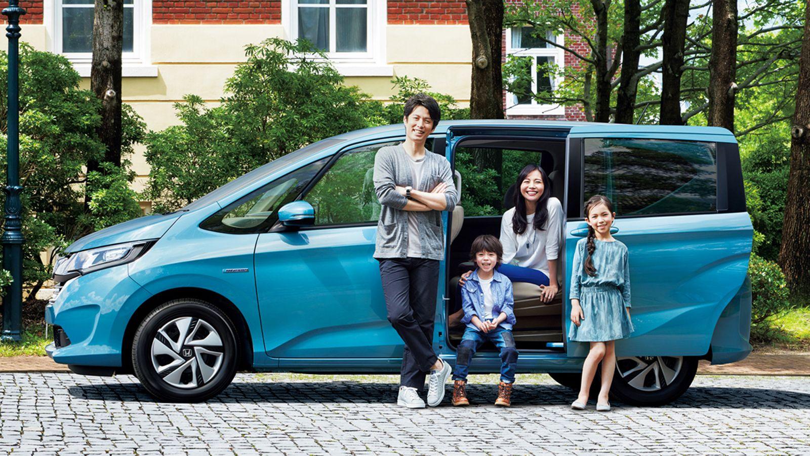 машина для всей семьи фото очень живо представляла