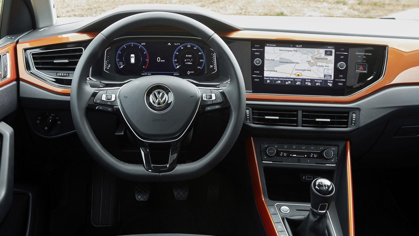 db174988e2ca Το νέο Polo θα διατεθεί στην αγορά με τέσσερις κινητήρες και τέσσερα  εξοπλιστικά πακέτα. Τα υλικά στο ταμπλό είναι κορυφαία σε ποιότητα