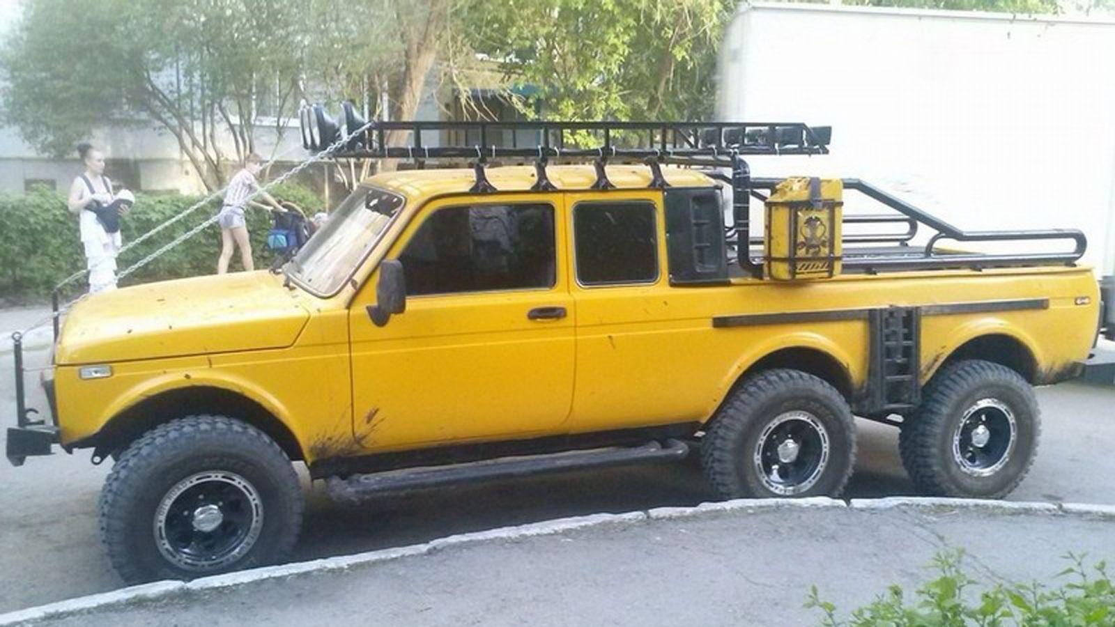 Lada Niva 6x6 Pick Up Lada Niva 4x4