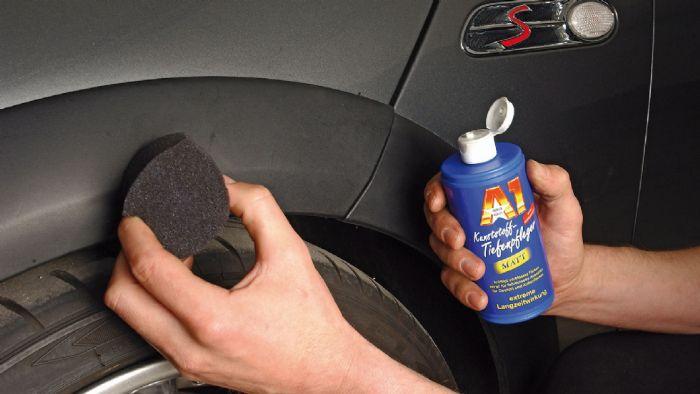 Υπάρχουν και προϊόντα ειδικά για τα μαύρα, πλαστικά τμήματα στο αμάξωμα.