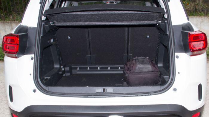 Ο χώρος αποσκευών του C5 Aircross είναι ο μεγαλύτερος που έχουμε μετρήσει με τη μέθοδο «Ταμερλάνου» στην κατηγορία.