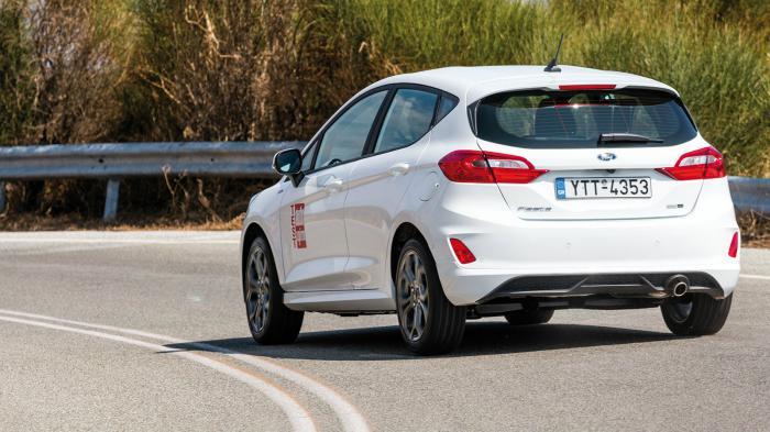 Η έκδοση ST-Line του Fiesta χαρακτηρίζεται για τον έντονα σπορ προσανα-τολισμό του μέσω της συμπεριφοράς και της αίσθησης που προσφέρει και που το κάνουν ξεχωριστό.