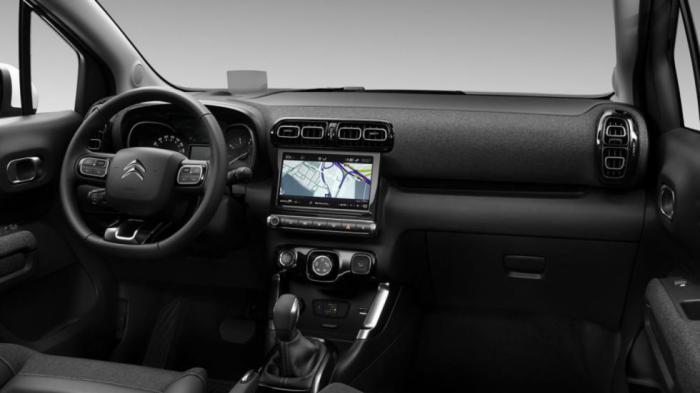 Η νέα μεγαλύτερη οθόνη αφής 9 ιντσών για το σύστημα ψυχαγωγίας και ενημέρωσης του οδηγού κερδίζει τις εντυπώσεις στο ταμπλό.