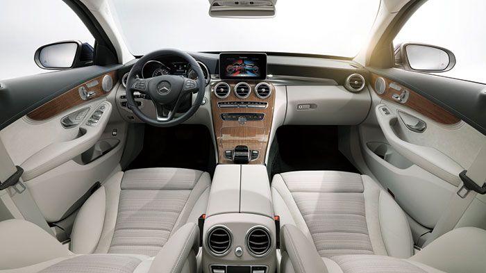 5c5d98c249 Το εσωτερικό της νέας Mercedes C-Class προβάλει περισσότερο από ποτέ το  δυναμισμό του αυτοκινήτου. Από την S-Class το touchpad του συστήματος  πολυμέσων.