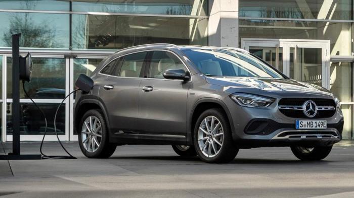 To GLA 250 e είναι ένα premium SUV, κατάλληλο για κάθε μετακίνηση το οποίο και  συνδυάζει εταιρική χρήση με μηδενικό φόρο.