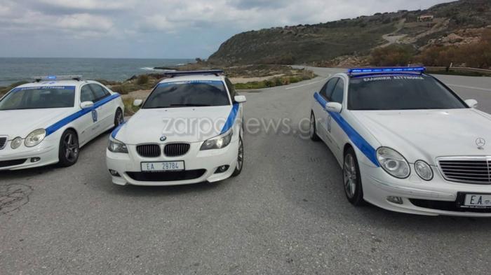 Εκτός από τα τρία περιπολικά, που είναι ντυμένα στα χρώματα της Ελληνικής Αστυνομίας, υπάρχουν και 6 «κρυφά» ελεύθερου χρωματισμού.