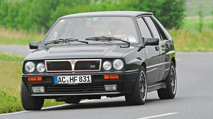 Η ιστορία της θρυλικής Lancia Delta ξεκινά το 1979, όταν παρουσιάστηκε στην έκθεση της Φρανκφούρτης.