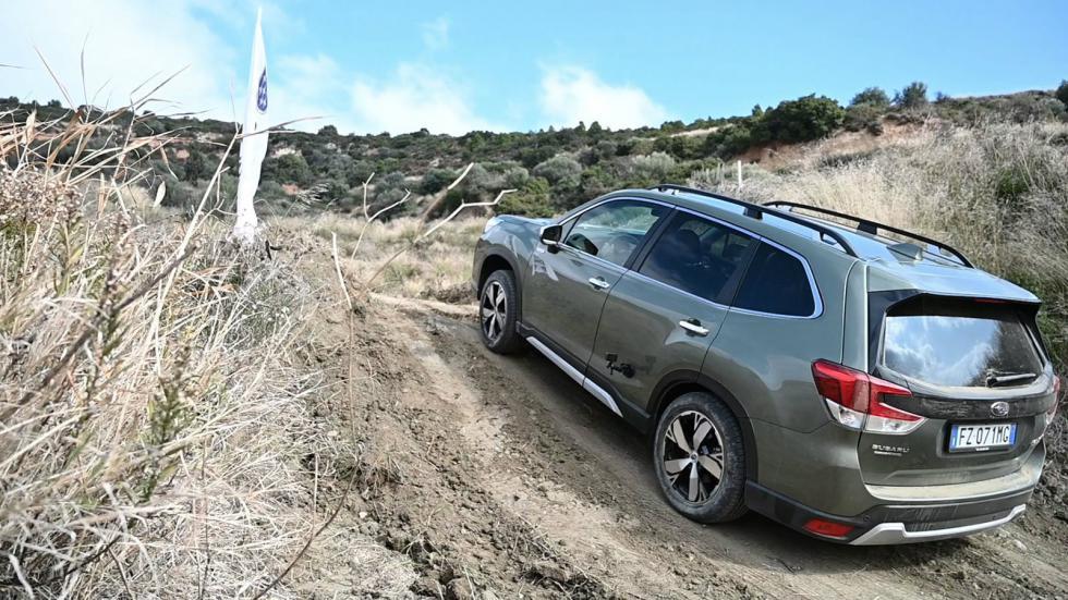 Οδηγούμε: Νέα υβριδικά Subaru Forester & XV
