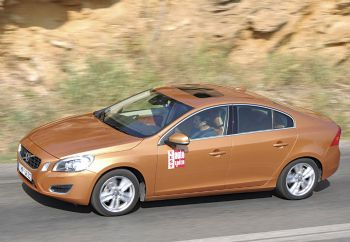 Volvo S60 με όπλο... την τιμή!