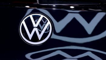 VW Group: Αύξηση επενδύσεων λόγω... Tesla!