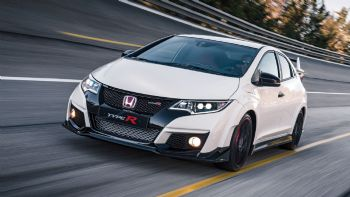 �� ��� Honda Civic Type R ������� �� ������ ���������. �� 310 ����� ���� ��� �� ���� ��� ����� ���� ������� 2����� �����.  Civic Type R: New vs old