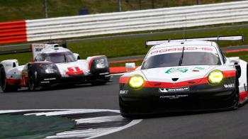 Πάει και Formula E η Porsche