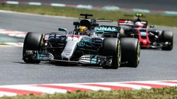 Ένας αγώνας περισσότερος στην F1 το 2018