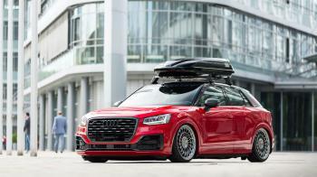 Κατακόκκινο Audi Q2