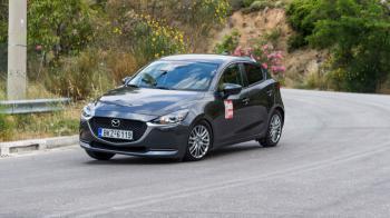 Δοκιμή: Mazda 2 mHEV με 90 PS | Δεν «καίει», ούτε «πάει», αλλά έχει super ποιότητα