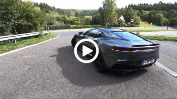 Η Aston Martin DBS Superleggera τρομάζει!