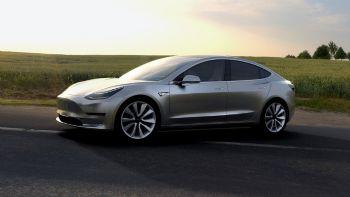 10 φορές πιο ασφαλές το Tesla Model 3