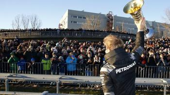 «Φτωχότερος» ο Rosberg!