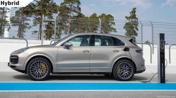 Aναβάθμισε τις υβριδικές Cayenne η Porsche