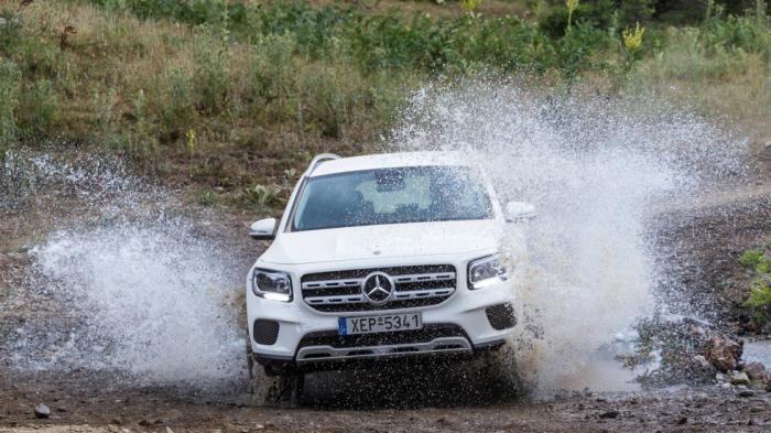 Mercedes GLB 180: Premium από τη «βασική» & θεϊκή εντός & εκτός δρόμου