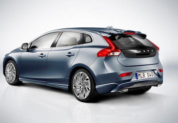 http://www.autotriti.gr/jpg/autotriti/390/NEWS/2013-Volvo-V40-1.jpg