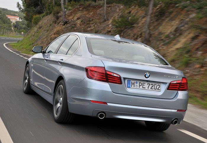 http://www.autotriti.gr/jpg/autotriti/390/NEWS/BMW32123.jpg