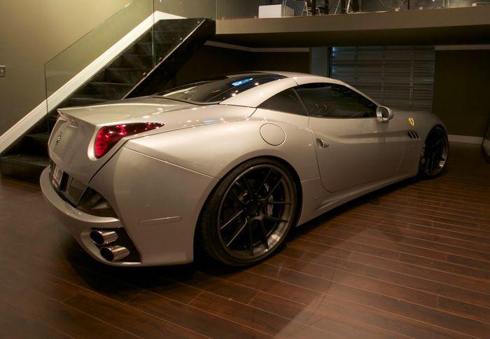 http://www.autotriti.gr/jpg/autotriti/390/NEWS/DMC-Ferrari-2.jpg