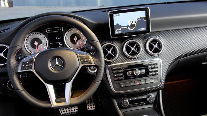 Mercedes a class mercedes a class for Interieur mercedes classe a