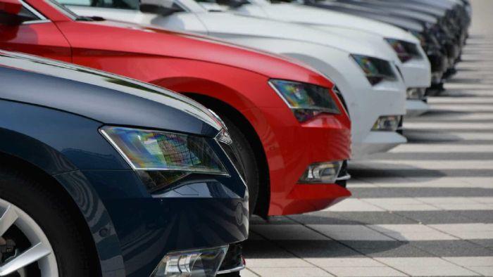 Νέα κίνητρα έρχονται για να αγοράσουν ένα αυτοκίνητο